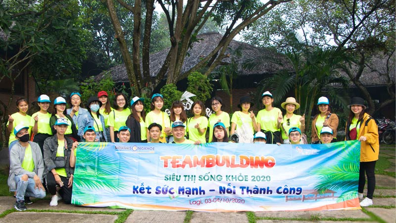 anh team building sieu thi song khoe 2021